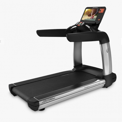 Life Fitness Platinum Series Treadmill with Discover SE3HD Console (Arctic Silver)